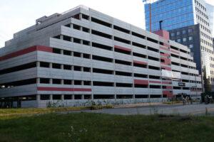 Dostępne płatne miejsca parkingowe